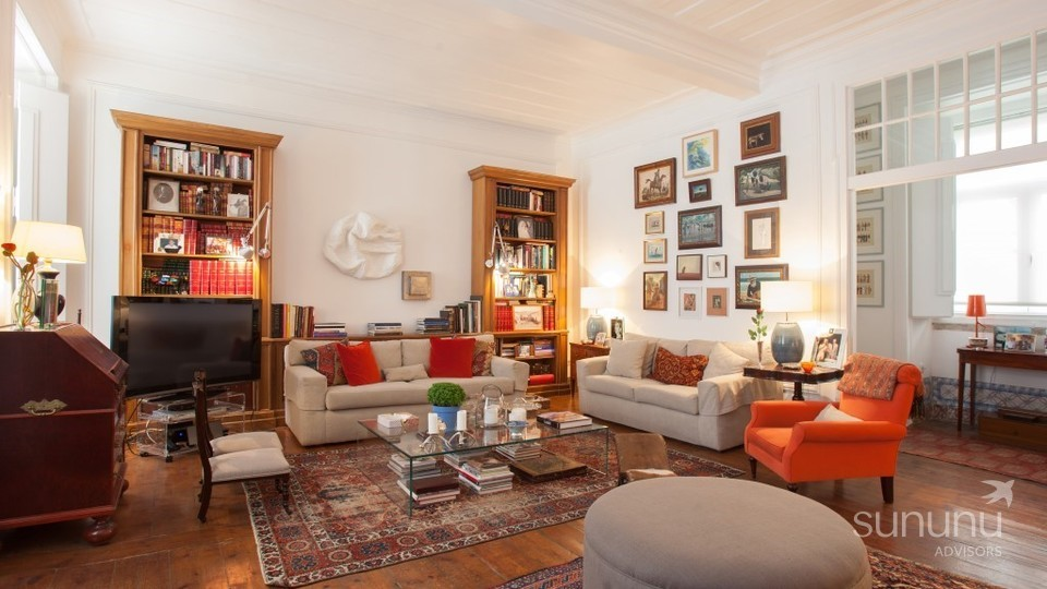 Stunning apartment near historic Chiado