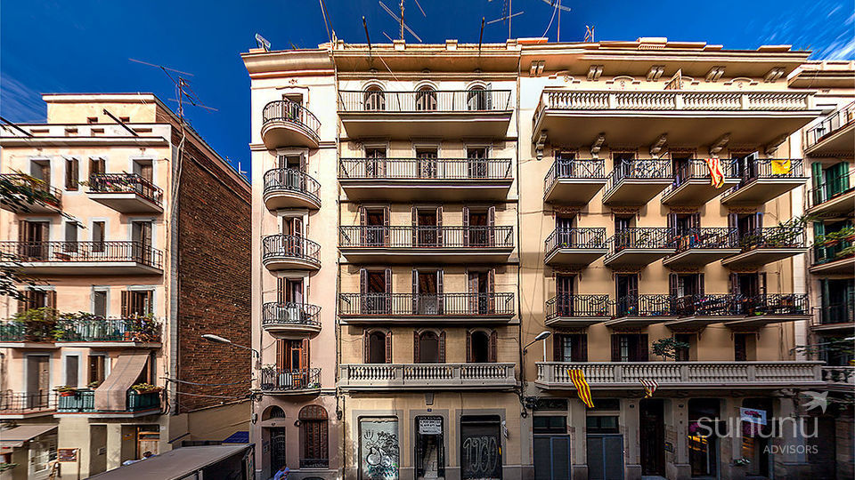 Charming and luxurious loft in the heart of Gracia