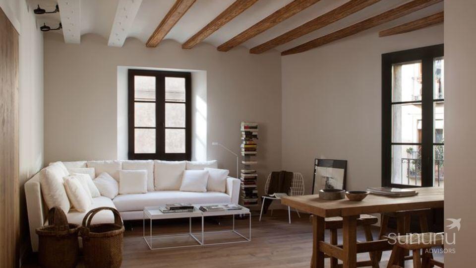 Gorgeous El Born apartment with a splendid terrace