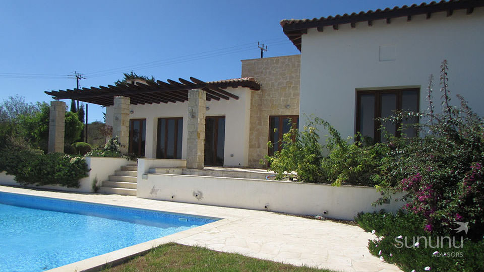 Charming rural villa in Polis, with a pool and vineyards